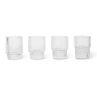 4 small glasses – clear –...