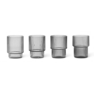 4 small glasses – smoked...